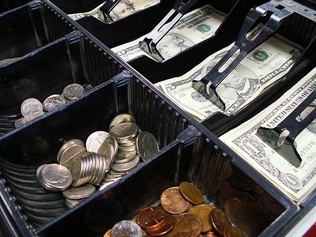 レジと現金